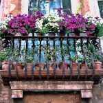 Çiçekli Balkon Mimarisi