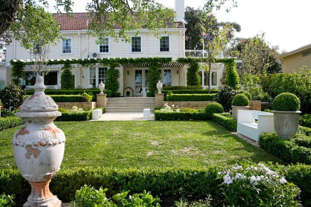 Villa Bahçe Dekorasyonları