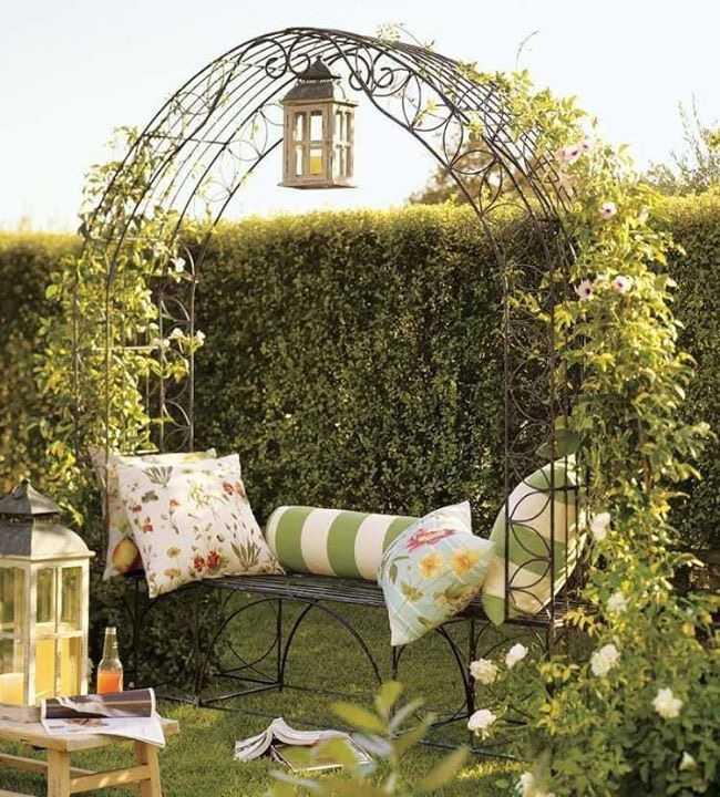 en güzel ferforje bahçe dekorasyonu