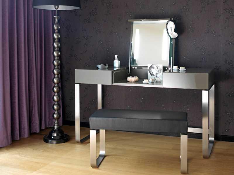 modern makyaj masaları