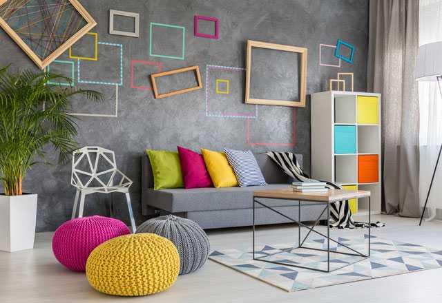 farklı renkli salon dekorasyonu