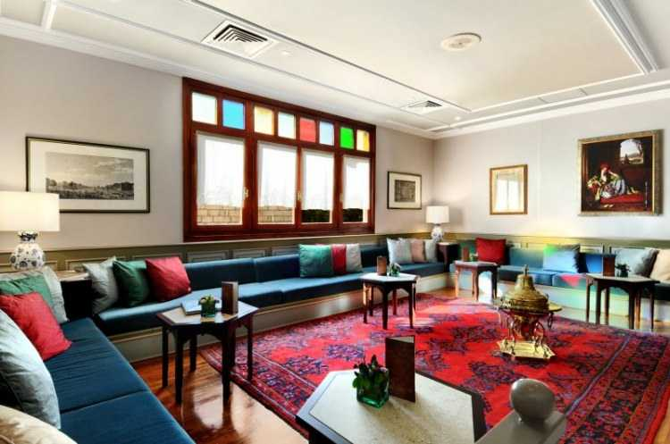 büyük otantik salon dekorasyonları