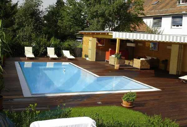 ahşap platform bahçe havuz modelleri
